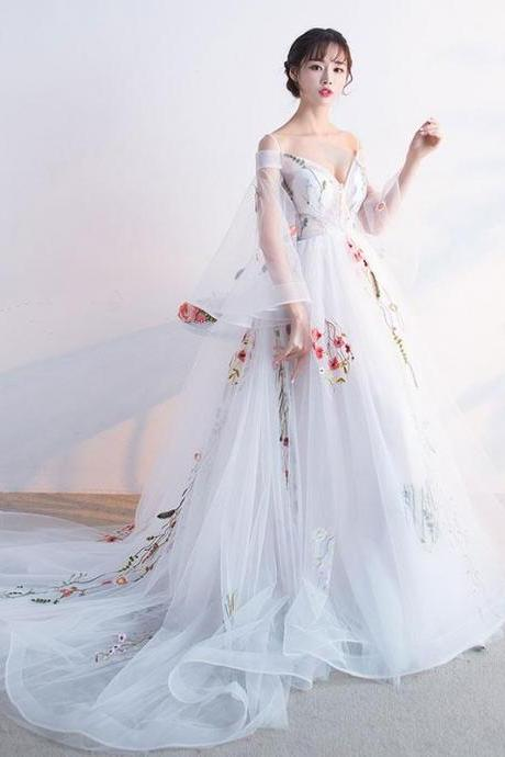 White V-Neck Tulle Ball Gown Wedding Dress, Evening Dress Featuring Flared Sleeves and Floral Embroidery