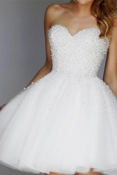 White Homecoming Dress Short Prom Dresses With Pearls