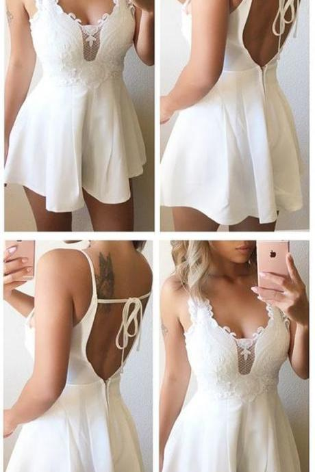 A-Line Scoop Backless White Homecoming Dress with Lace